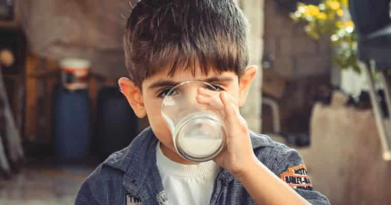 賞味期限切れ牛乳の再利用法6つ